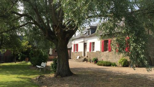 Le Ferme du Gaillon Gite : Guest accommodation near Hanvoile