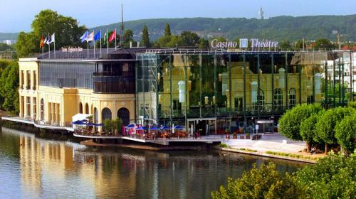 MAISON AVEC JARDIN PARIS -ENGHIEN : Apartment near Enghien-les-Bains