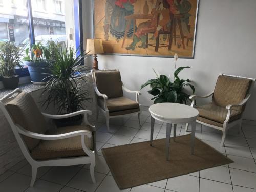 Lux Hotel Gare de Lyon : Hotel near Paris 12e Arrondissement