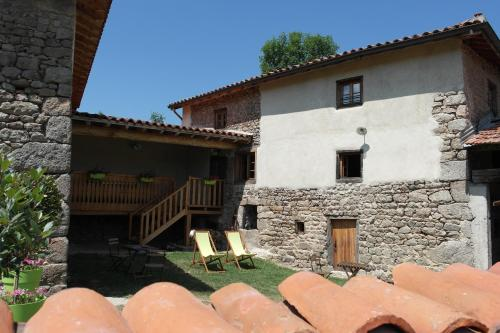La Grunonde : Guest accommodation near Mornand-en-Forez
