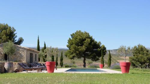 Au Mas des Anges : Bed and Breakfast near Le Castellet