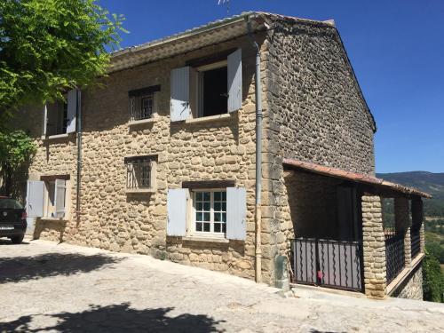 maison de charme en Luberon : Guest accommodation near Peypin-d'Aigues