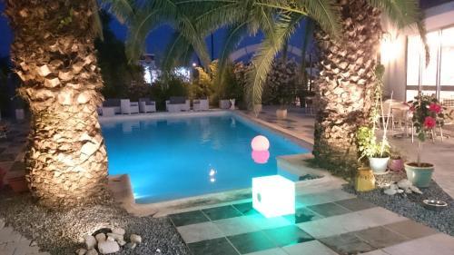 M Hotel : Hotel near Pouzols