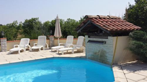 Les Tilleuls : Bed and Breakfast near Cazeneuve-Montaut