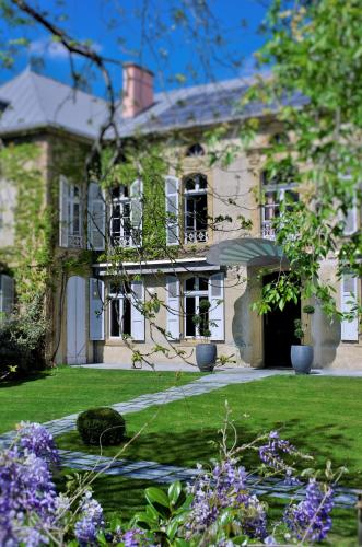 le rive droite : Bed and Breakfast near Escondeaux