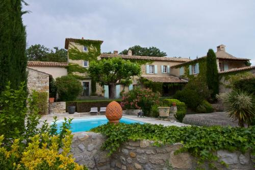 Villa Rustica la Tulisse : Guest accommodation near Buisson