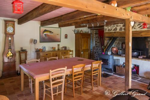 Le Champ du Moulin : Bed and Breakfast near Saint-Donat