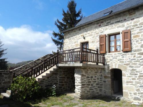 Gite COMBRET : Guest accommodation near Chirac