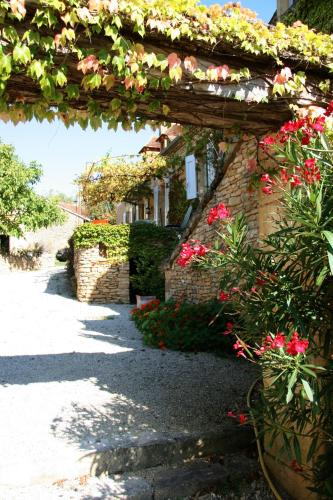 La vignolle : Guest accommodation near Terrasson-Lavilledieu