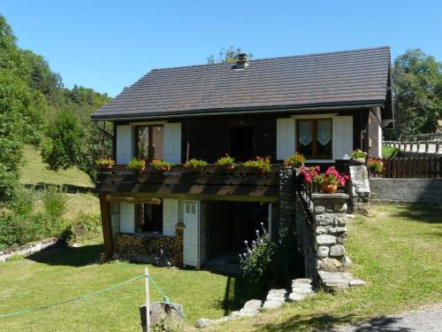 Chalet Roche Rousse : Guest accommodation near Saint-Martin-de-Clelles