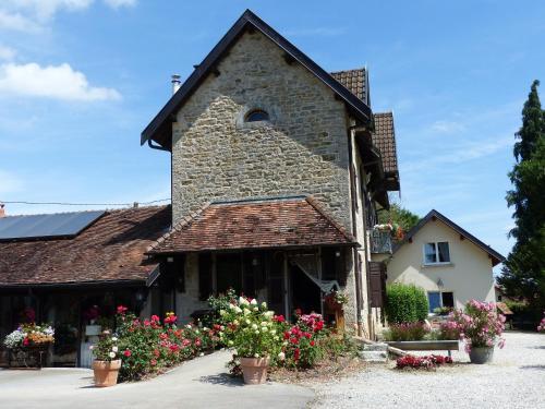 La Source D'Argammet : Bed and Breakfast near Sergenaux