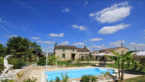 Domaine de Tara : Guest accommodation near Razac-de-Saussignac