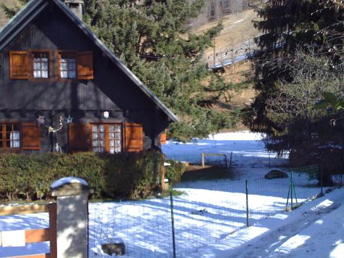 –Chalet Chemin de trassouet : Guest accommodation near Izaux