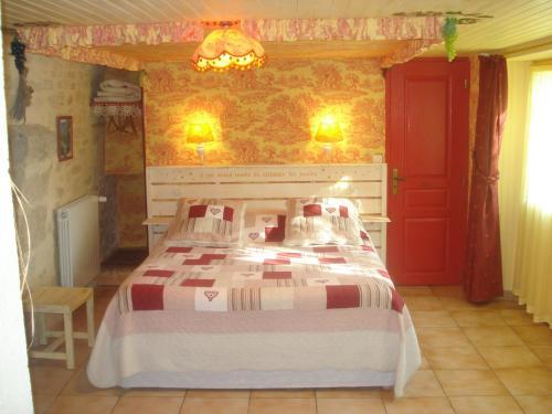 locastillon : Bed and Breakfast near Pouzilhac