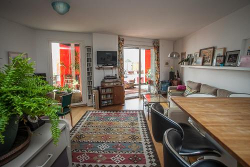 Appartement : Apartment near Les Lilas