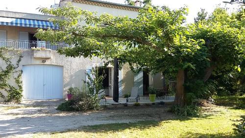 Au Charme et à la Campagne : Guest accommodation near Morières-lès-Avignon