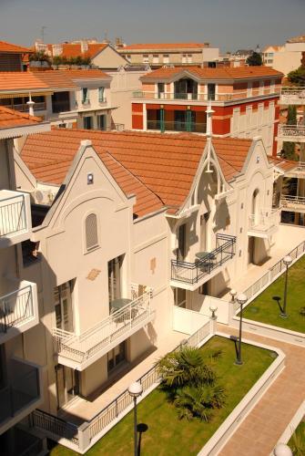 Residhome Arcachon Plazza : Guest accommodation near Arcachon