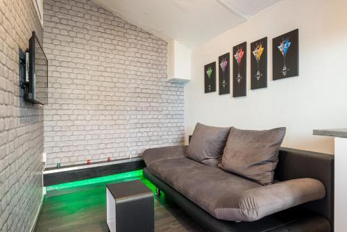 Appartement Totem Royal : Apartment near Villeurbanne