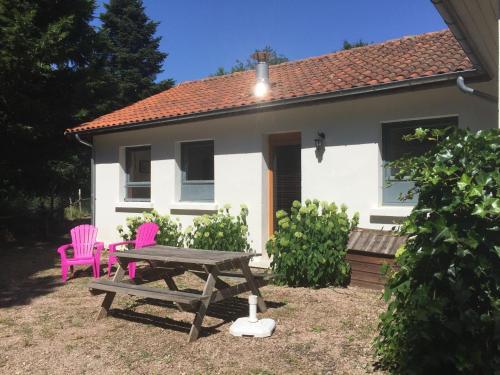 Gite - Châtel-Montagne gite 6 Corner : Guest accommodation near Nizerolles