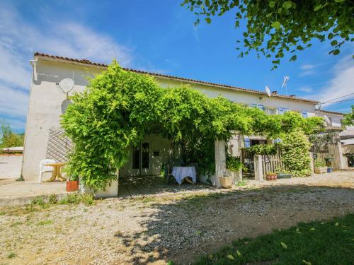 Gite le Cocon : Guest accommodation near Jarnac-Champagne
