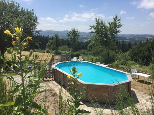 Gite - Châtel-Montagne gite 4 : Guest accommodation near Nizerolles