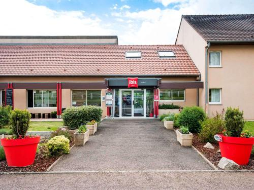 ibis Avallon : Hotel near Noyers