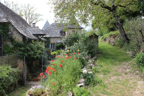 Les Terrasses de Labade Chambres d'hôtes : Bed and Breakfast near Estaing