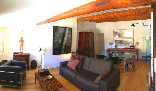 Rue Matheron : Apartment near Aix-en-Provence