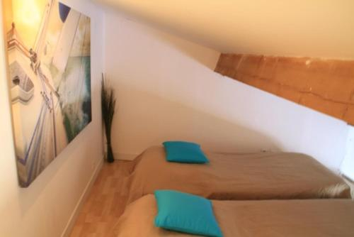 Beach, Wine, Dining, Sports, Summer, Winter : Apartment near Vendres