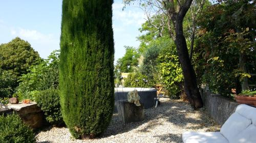Le Mas du Fort : Bed and Breakfast near Gargas
