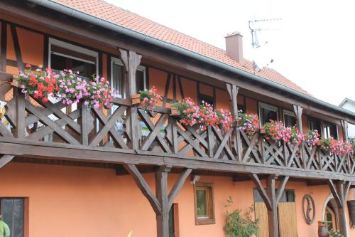 Chambres d'Hôtes Arnold : Bed and Breakfast near Thanvillé