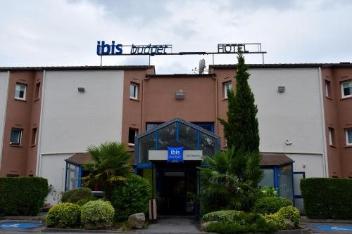 Ibis budget Lille Ronchin - Stade Pierre Mauroy : Hotel near Lesquin