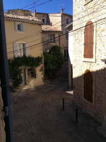 Holiday home Gr Grande Rue : Guest accommodation near Malaucène