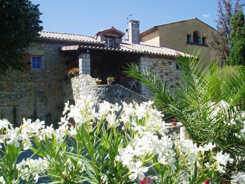 Montloubier : Guest accommodation near Villeneuve-de-Berg