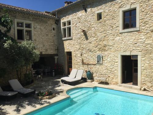 Villa Mon Amour : Guest accommodation near Saint-Laurent-des-Arbres