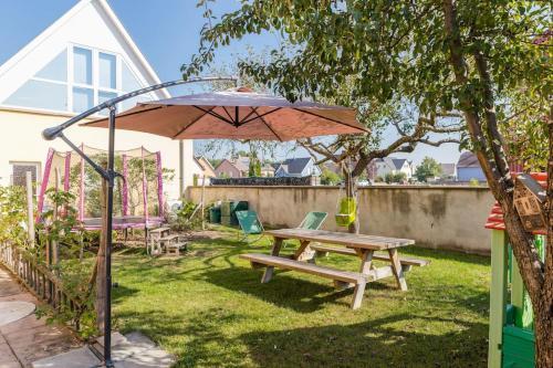 Appartement avec jardin Colmar : Apartment near Niederhergheim