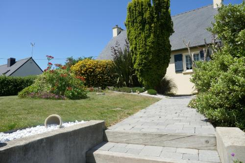 Le Logis Des Grenouilles B&B : Bed and Breakfast near Yffiniac