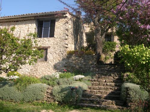 Maison d'artiste Luberon : Guest accommodation near Sivergues