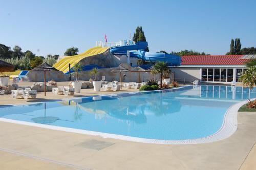 Emmy Mobilhome : Guest accommodation near Arvert