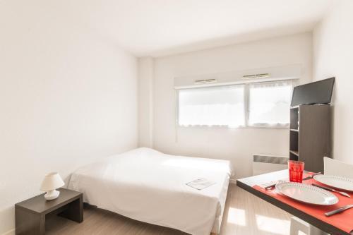 City Résidence Nantes La Chantrerie : Guest accommodation near Sainte-Luce-sur-Loire