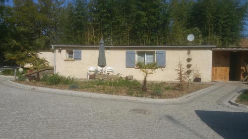 Maisonette des Viliers : Guest accommodation near Saint-Pierre-du-Perray