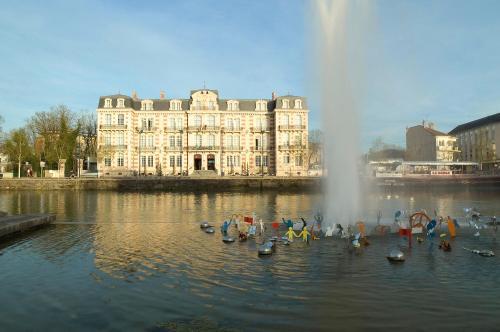 Les Jardins du Mess : Hotel near Louvemont-Côte-du-Poivre
