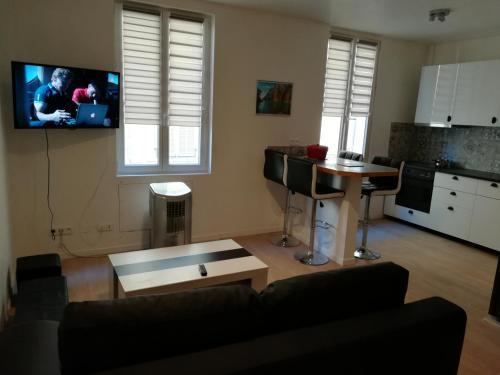 T3 place Sadi Carnot : Apartment near La Ciotat
