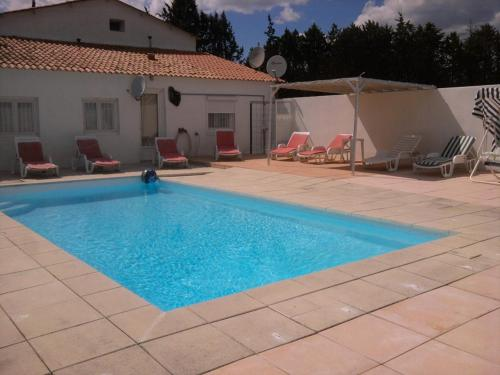 Villa Les Bergas - 2 : Guest accommodation near Redessan