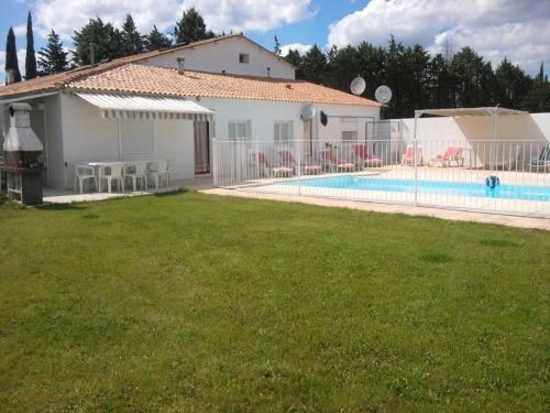 Villa Les Bergas - 2 : Guest accommodation near Marguerittes