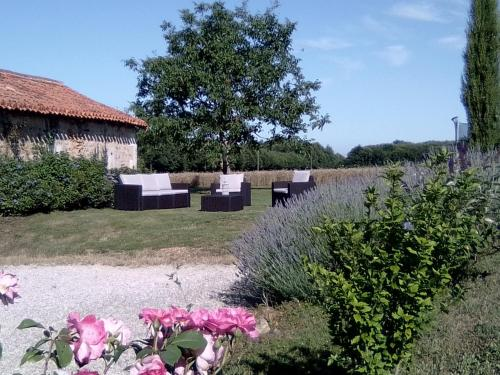 Tendance Campagne : Bed and Breakfast near Saint-Sornin