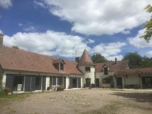 Le mur des beaunes : Guest accommodation near Pruniers-en-Sologne