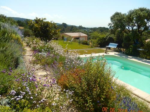 l'Amiradou : Guest accommodation near Piolenc