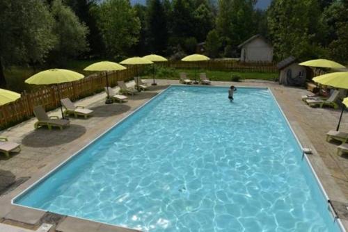 Mobiles Homes d'Aiguebelette : Guest accommodation near Saint-Sulpice-des-Rivoires
