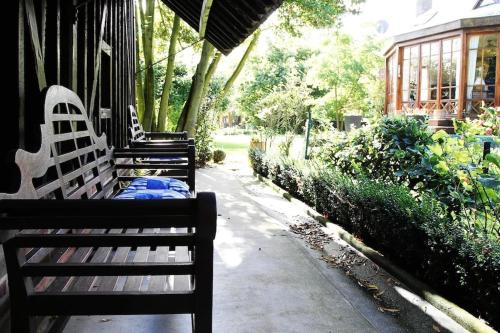 Comme une parenthèse au coeur des hortillonnages : Guest accommodation near Fréchencourt